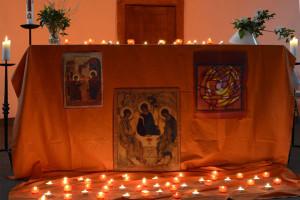 Taizé-Gebet in der Alten Kirche Refrath